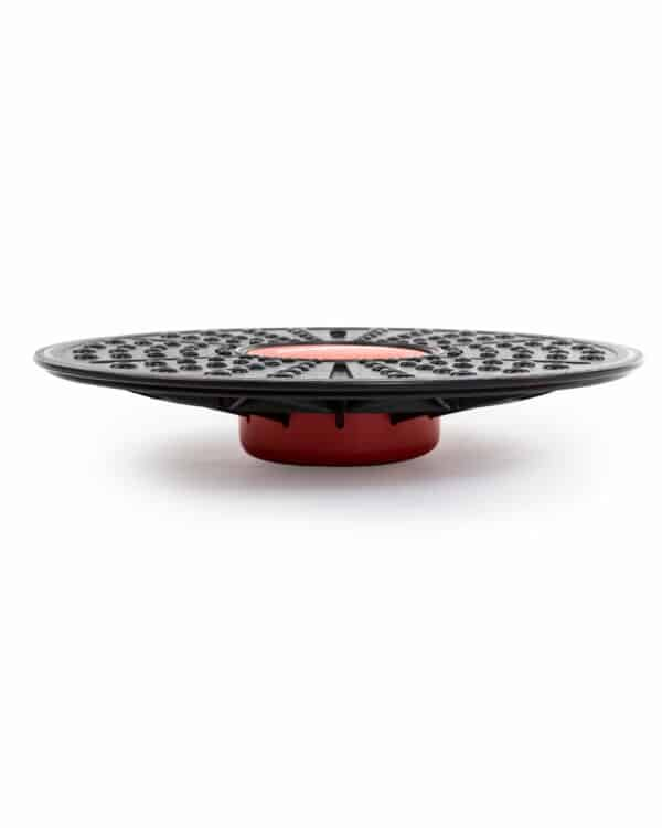 Side view of tri-level balance board