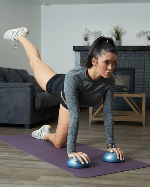 BOSU® Balance Pods leg kick